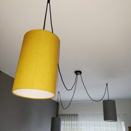 """""""Zirneklīša""""formas lampa ar 3 cilindrveida abažuriem virtuvei"""